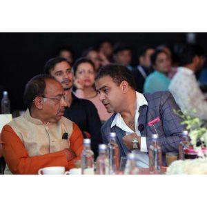 005 Candid Moment with Vijay Goel Ji